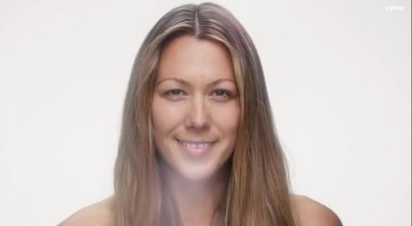 "Colbie Caillat's ""Try"" Video Promotes Self-Acceptance"